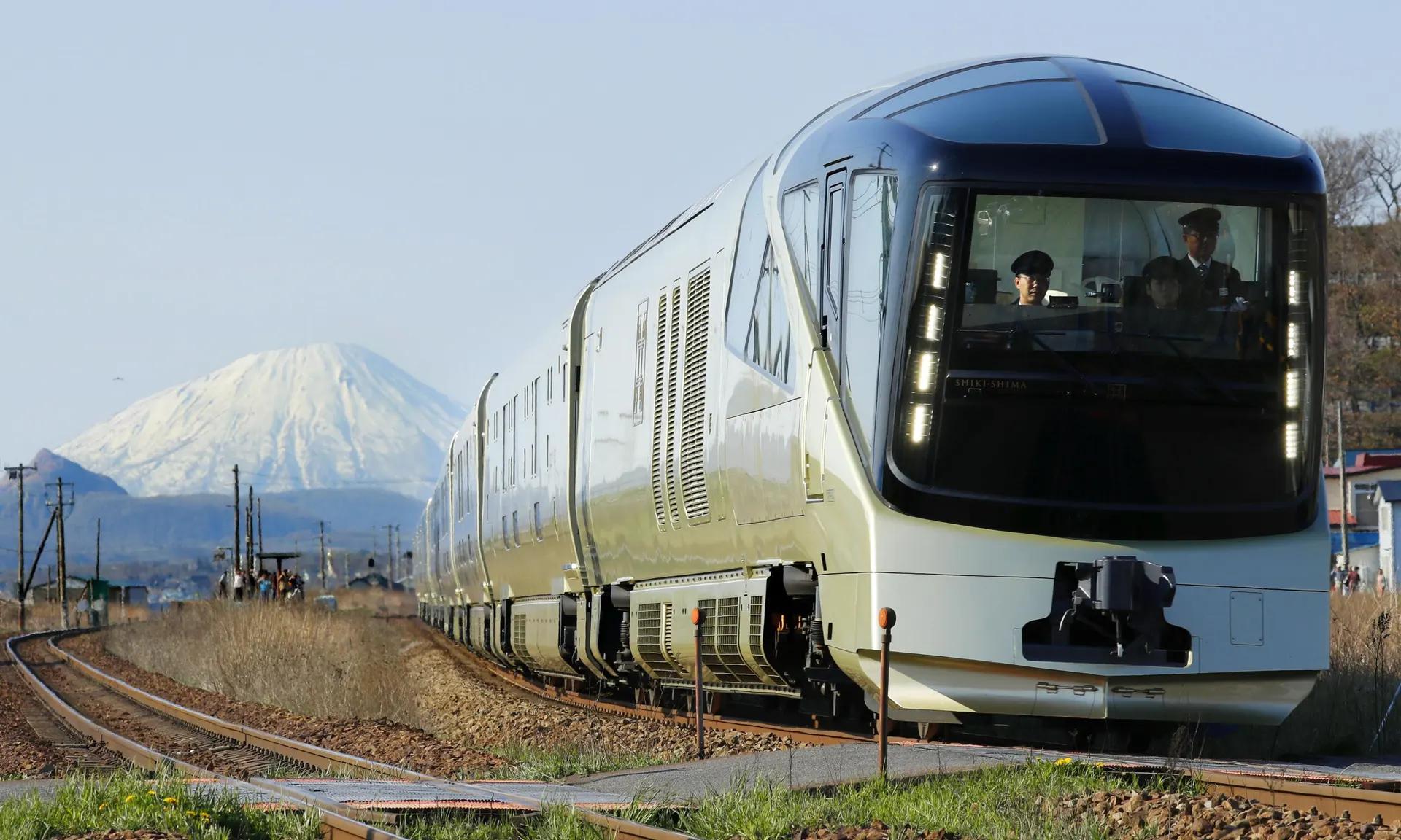Luxury Trains